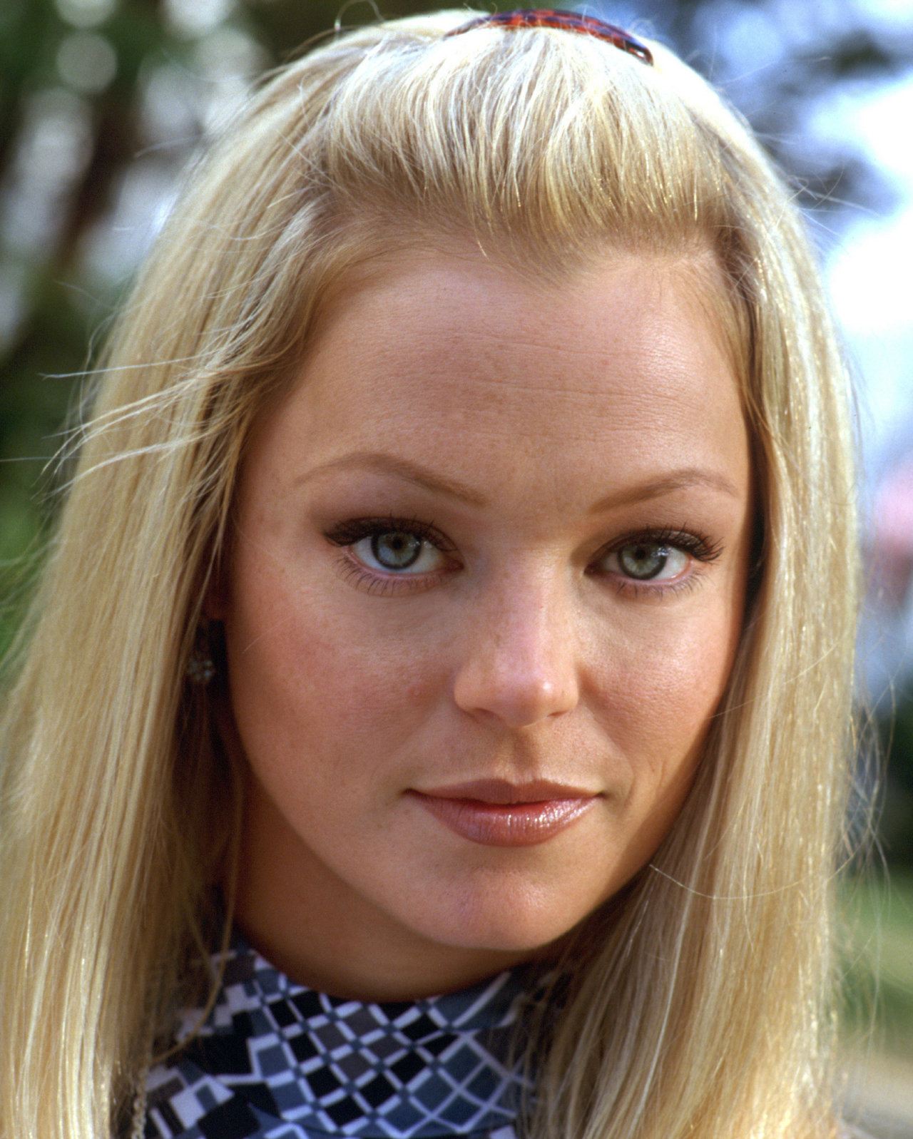 Hollywood Actress Gallery: Charlotte Ross Wallpaper Gallery